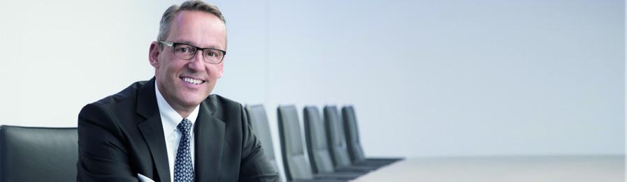 Veröffentlichungen, Dr. Peter Hanker, Volksbank Mittelhessen, Pressemitteilungen, Publikationen